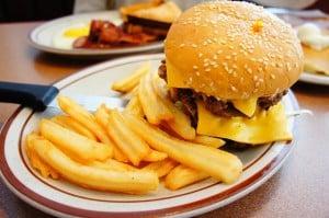 burger-74748_640