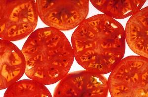 800px-Tomatoes_-_USDA_ARS_-_K4667-6