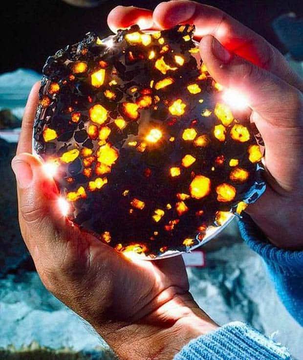 09 - Meteorite