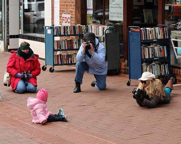 photographers-89482_640