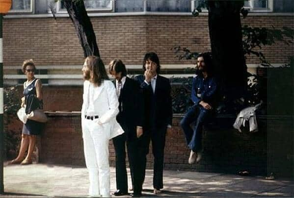 03 - The Beatles before making their most historical picture