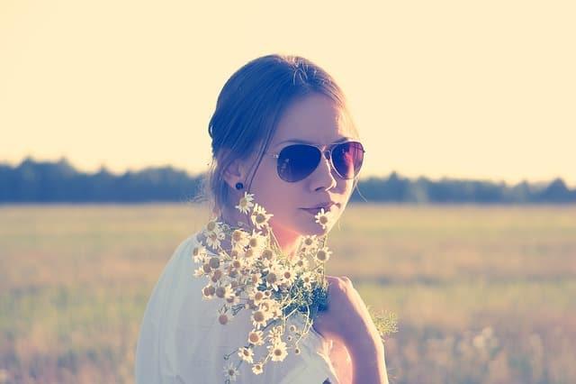 flower-child-336658_640 (1)