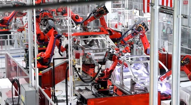tesla-model-s-electric-car-factory-003.jpg.650x0_q85_crop-smart