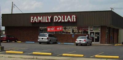 800px-FamilyDollarStore
