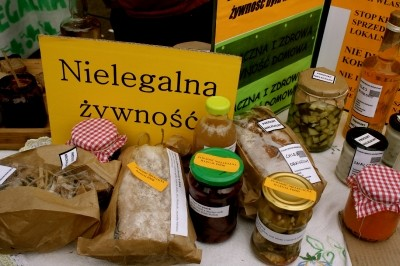 'Illegal' produce at a protest stall in Warsaw