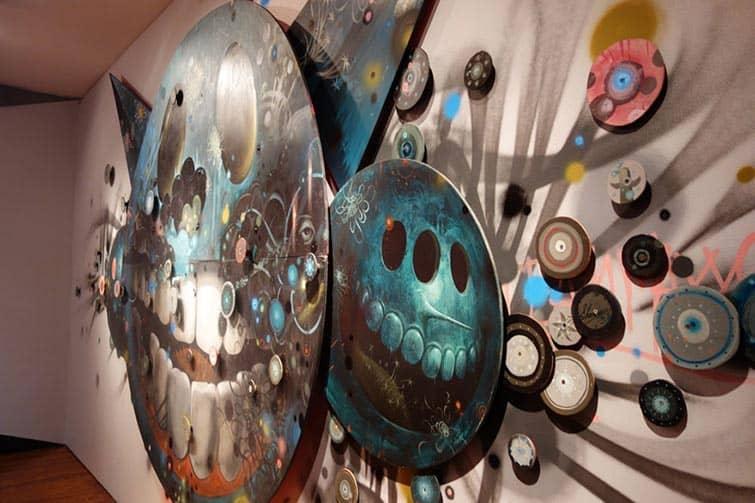 street-artists-paint-museum-walls-vitality-verve-long-beach-museum-art-14