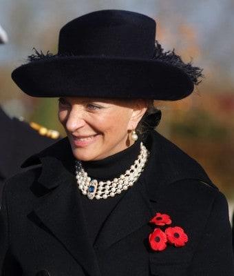 800px-Princess_Michael_of_Kent_(Armistice_Day_2008)