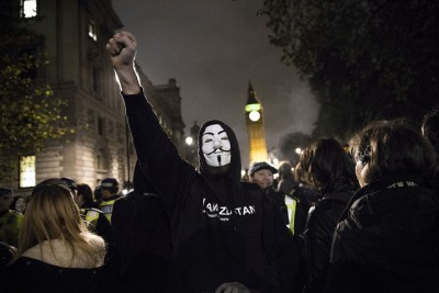 Anonymous's Million Mask March: Did Undercover Cops Set Fire To Police Car?