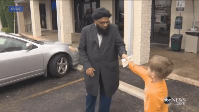 Little Boy Donates His Piggy Bank To Vandalized Mosque