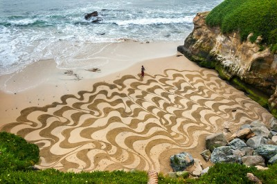 After Attending Burning Man Ten Years Ago, This Artist Quit His Job To Create Amazing Sand Art