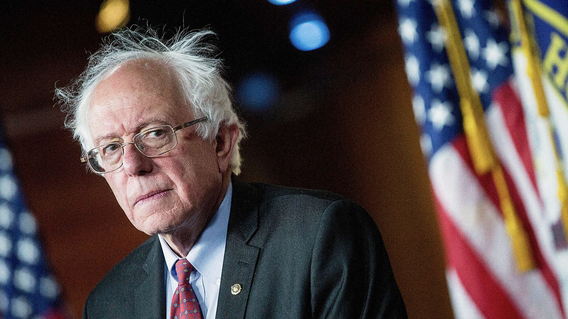 bernie sanders takes on monsanto vows to protect organic. Black Bedroom Furniture Sets. Home Design Ideas