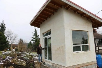 Washington Woman Built A Tiny Sustainable Home Made Of Hemp [Watch]