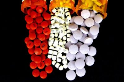 Common Drugs, Including Benadryl And Xanax, Cause Brain Atrophy And Increase The Risk Of Alzheimers And Dementia