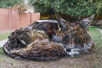 Street Artist Transforms Ordinary Junk Into Animals To Remind About Pollution