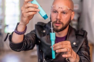 Hackers Design $30 DIY Epipen To Protest Corporate Greed And Save Lives