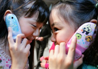 Pediatricians Warn Cell Phone Radiation Poses Cancer Risk to Children