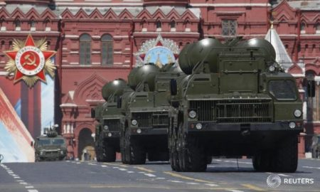 Russian S-400 Triumph medium-range and long-range surface-to-air missile systems drive during the Victory Day parade, marking the 71st anniversary of the victory over Nazi Germany in World War Two, at Red Square in Moscow, Russia, in this May 9, 2016 file photo. REUTERS/Sergei Karpukhin