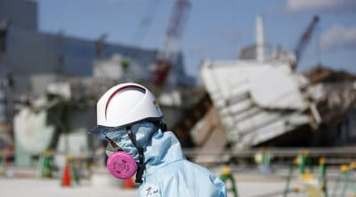Japan Recognizes First Thyroid Cancer Case As Fukushima-Related, Offers Compensation