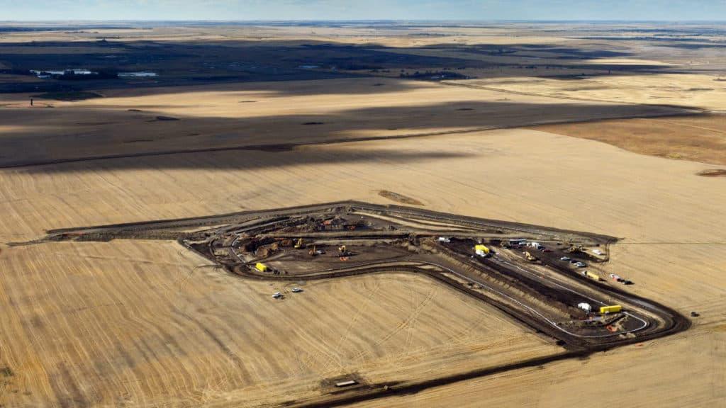 "Massive Oil Spill 'The Size of Seven Football Fields"" Found In North Dakota"