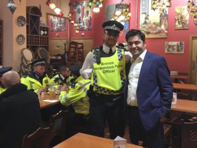 Activist Keeps Restaurant Open To Feed 500 Officers After Attack In London