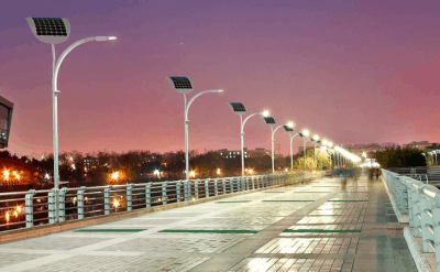 Las Vegas Moves Towards Renewable Energy And Installs Kinetic Street Lamps