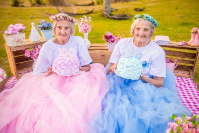Centenarian Twins Celebrate Their 100th Birthday With Inspiring Photo Essay