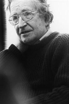 https://commons.wikimedia.org/wiki/Noam_Chomsky#/media/File:Noam_chomsky.jpg