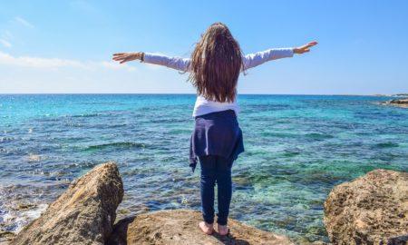https://pixabay.com/en/girl-sea-horizon-joy-of-life-2193272/