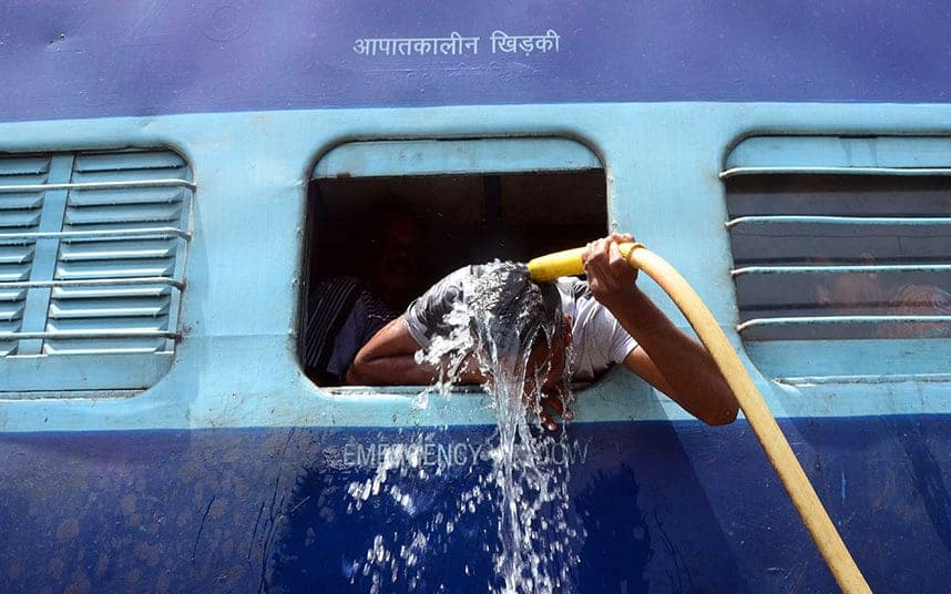 http://www.telegraph.co.uk/news/worldnews/asia/india/11636124/Indias-extreme-heat-wave-in-pictures.html?frame=3321120