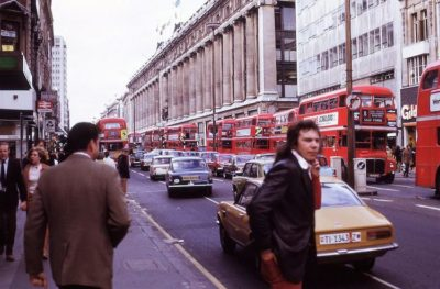 Unknown Photographer's Color Photos Of London In The 1970's Are Entrancing