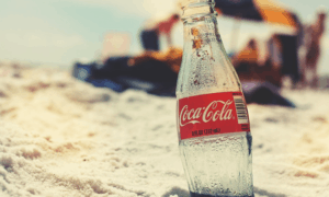 https://pixabay.com/en/coca-cola-bottle-beach-retro-821512/