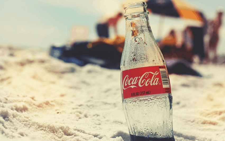 https://pixabay.com/en/coca-cola-bottle-beach-retro-821512/