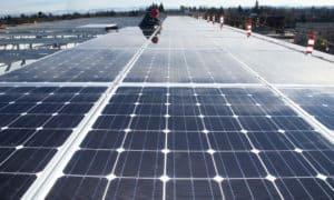 https://commons.wikimedia.org/wiki/File:Solar_panels_(6836811485).jpg