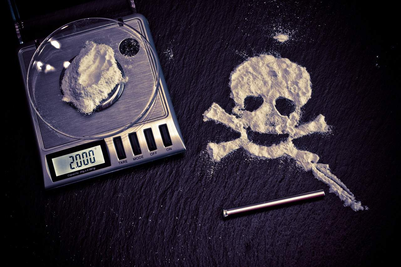 https://pixabay.com/en/drugs-death-cocaine-drug-risk-1276787/