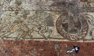 https://www.nytimes.com/2017/09/18/world/europe/uk-boxford-roman-mosaic.html?mcubz=3