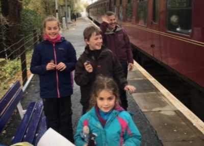 Stranded Family Delighted To Be Rescued By The Hogwarts Express Train