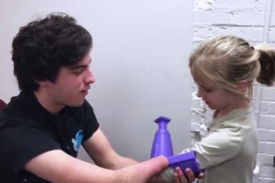 This Teen Is Transforming Recycle Plastic Into Prosthetics To Help The Disabled